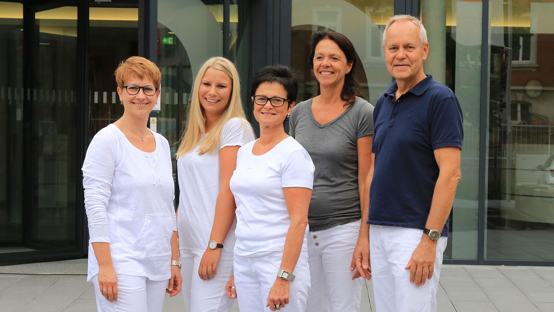 Team der Orthopädiepraxis Werner Menzler in Schweinfurt
